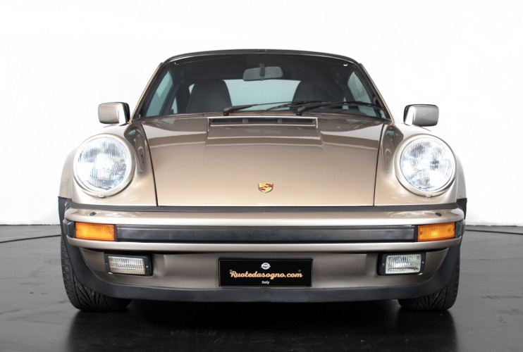 1985 Porsche 930 Turbo 7
