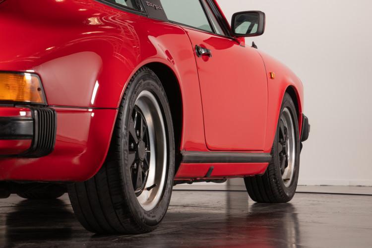 1983 Porsche 911 SC Targa 16