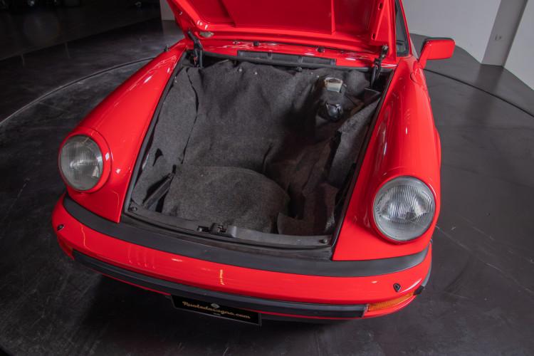 1983 Porsche 911 SC Targa 32
