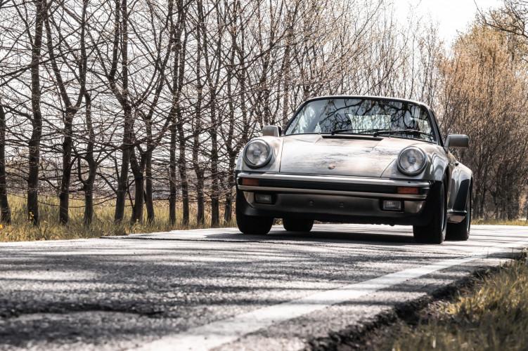 1985 Porsche 930 Turbo 0