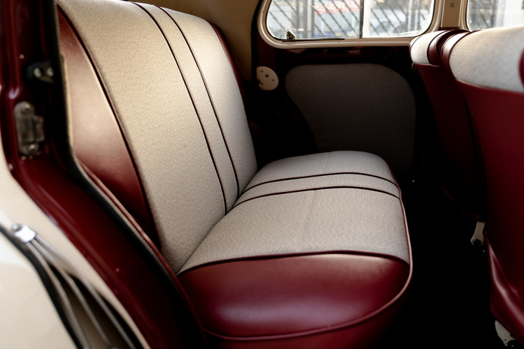 1956 Renault 4CV Sport 32