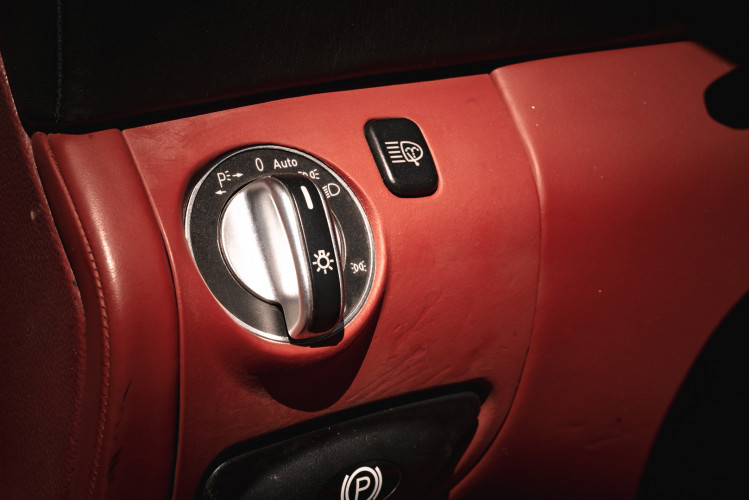2002 Mercedes Benz SL55 AMG 34
