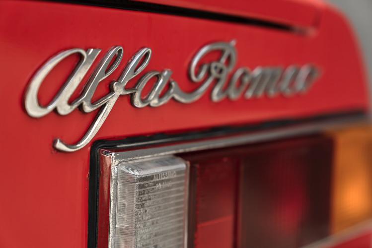 1976 Alfa Romeo Spider 2000 Duetto 16