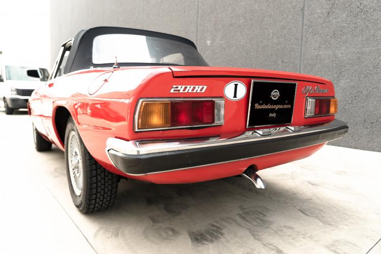 1976 Alfa Romeo Spider 2000 Duetto 5