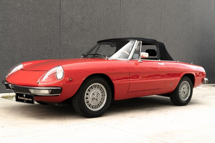 1976 Alfa Romeo Spider 2000 Duetto 0