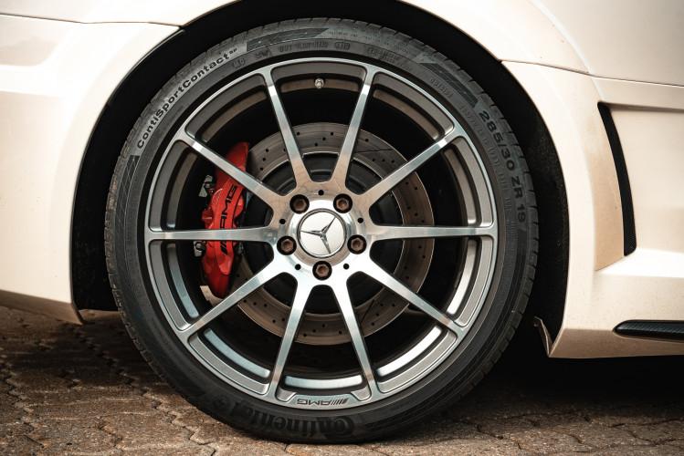 2012 Mercedes-Benz C63 AMG Black Series 26