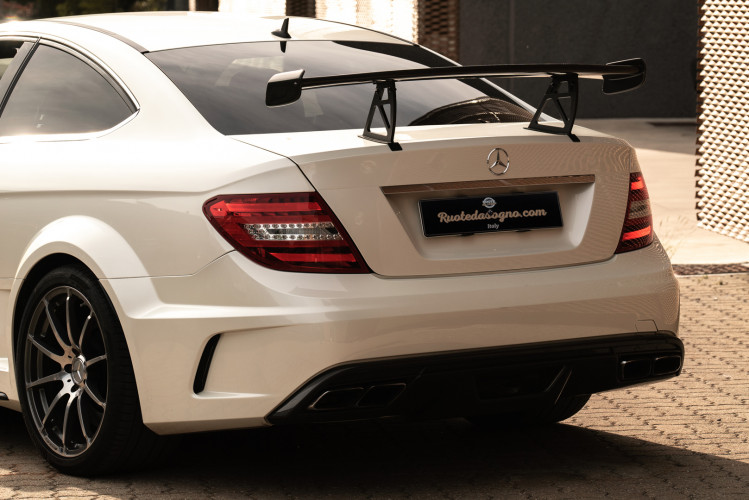 2012 Mercedes-Benz C63 AMG Black Series 16