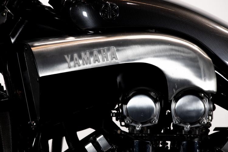 2001 Yamaha V MAX 10