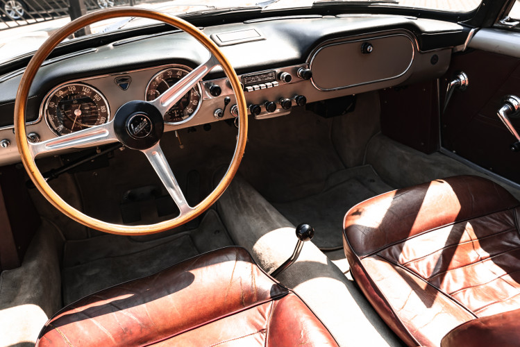 1963 Lancia Flaminia Touring Convertible 2500 3C  28