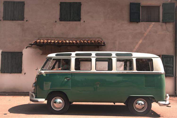 """1964 Volkswagen T1 """"21 windows"""" 4"""