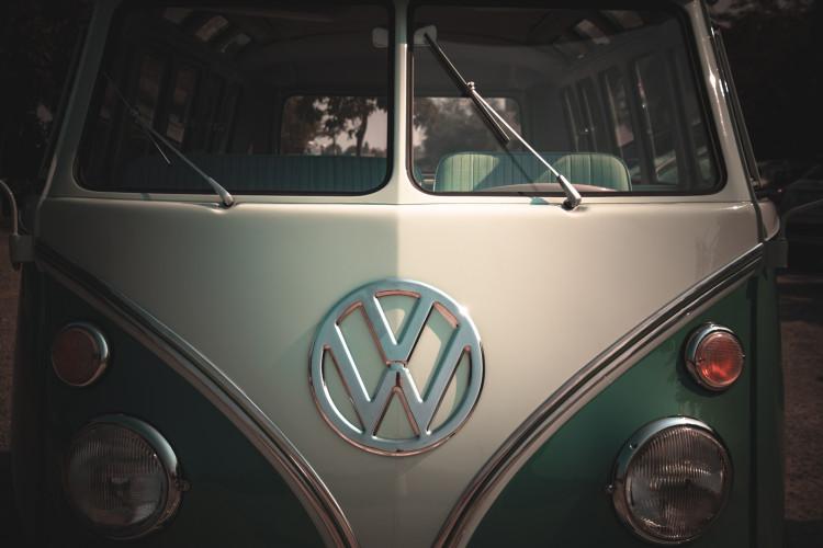 """1964 Volkswagen T1 """"21 windows"""" 14"""