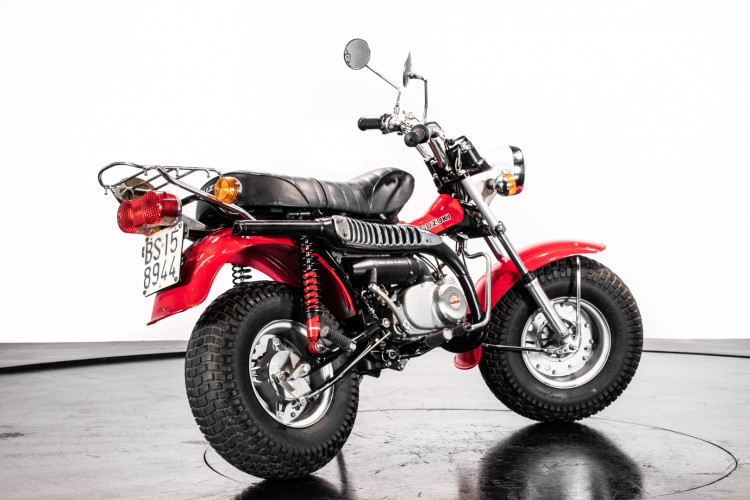 1976 Suzuki RV 90 2