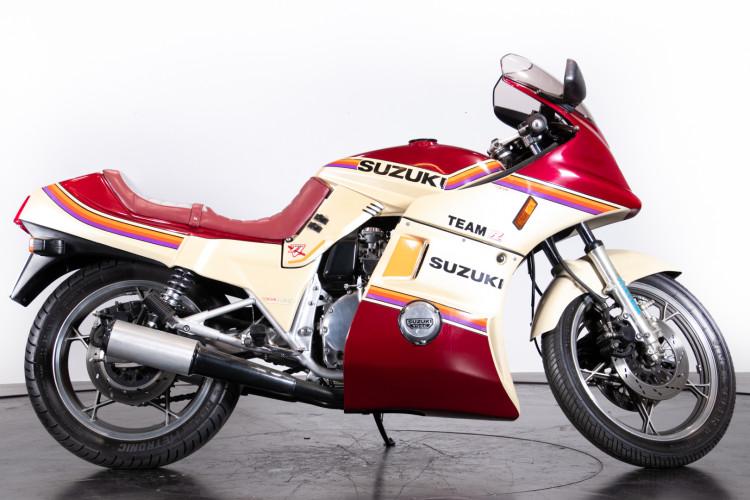 1985 Suzuki GSX 750 Katana 4
