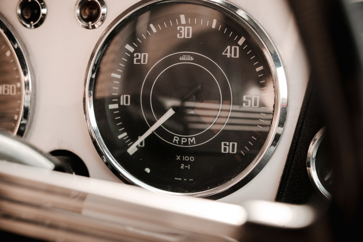 1963 Triumph TR4 30