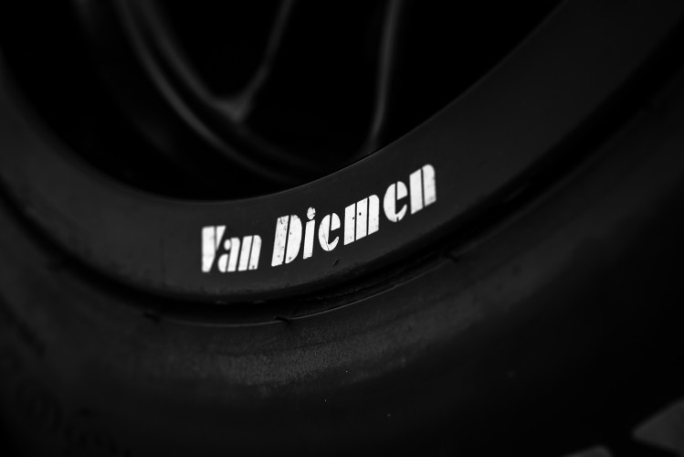 2004 Van Diemen Formula X RF04 CFX 38