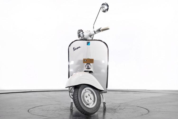 1961 Piaggio Vespa 125 2