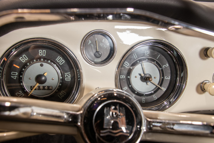 1965 Volkswagen Karmann Ghia 17