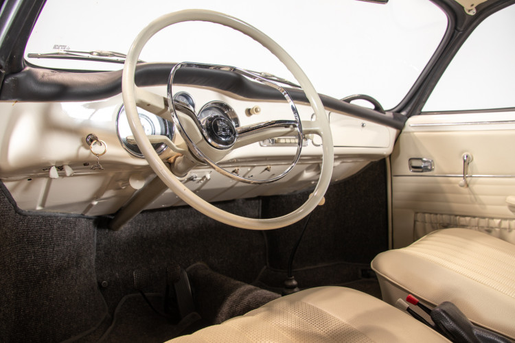 1965 Volkswagen Karmann Ghia 13