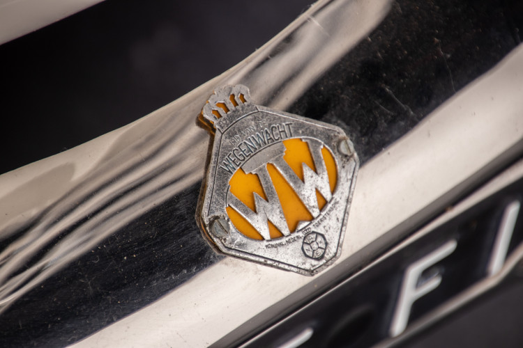 1965 Volkswagen Karmann Ghia 32