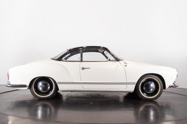 1965 Volkswagen Karmann Ghia 7