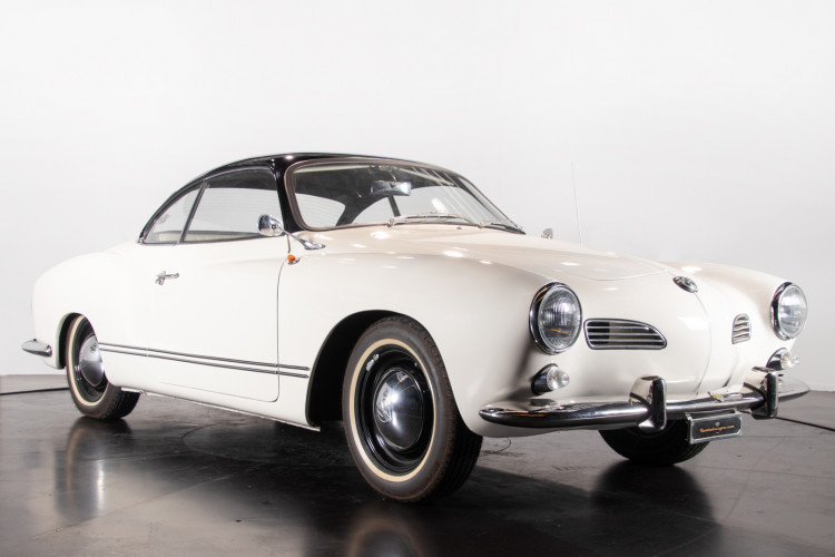 1965 Volkswagen Karmann Ghia 8