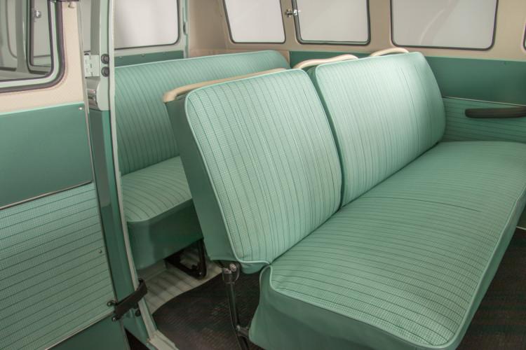 """1964 Volkswagen T1 """"21 windows"""" 17"""