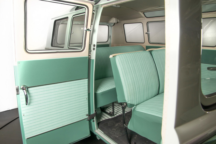 """1964 Volkswagen T1 """"21 windows"""" 48"""
