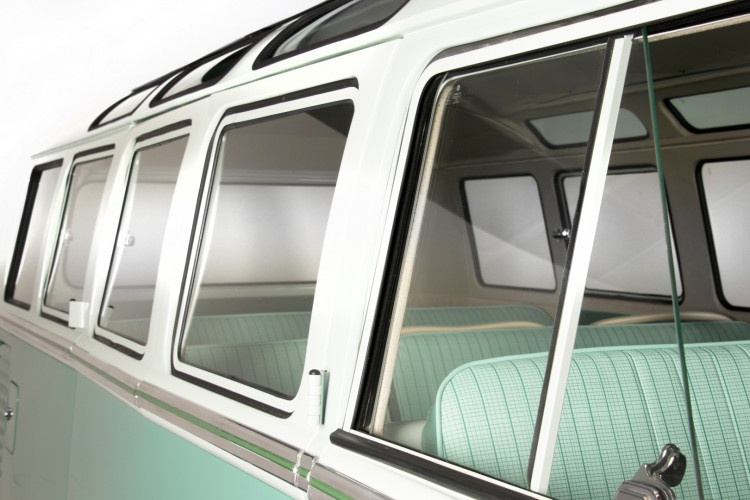 """1964 Volkswagen T1 """"21 windows"""" 51"""