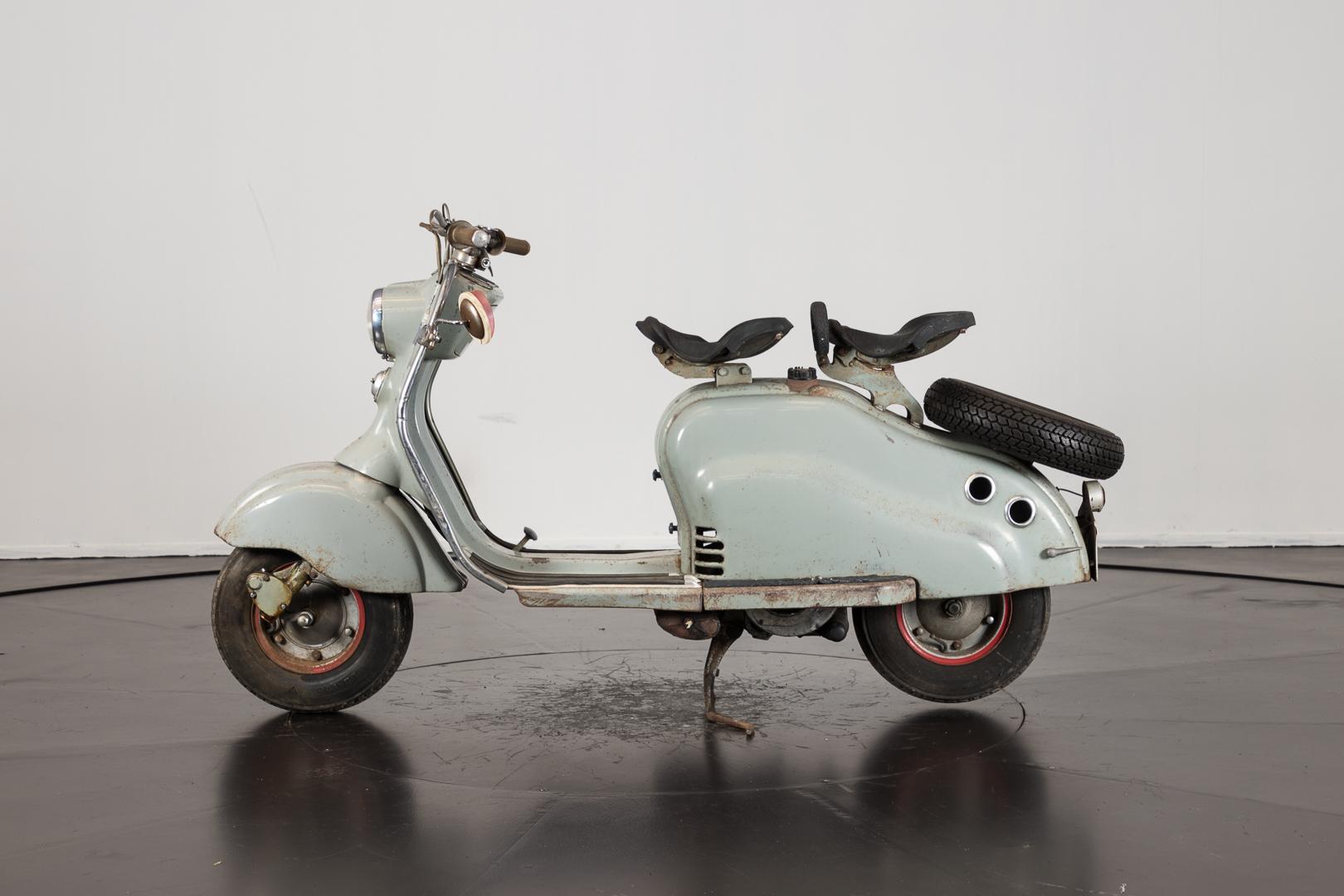 1957 innocenti lambretta ld francia innocenti moto d 39 epoca ruote da sogno. Black Bedroom Furniture Sets. Home Design Ideas